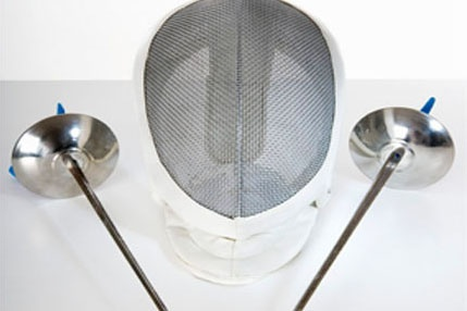 MAIN_208-Fencing-mask-and-foils