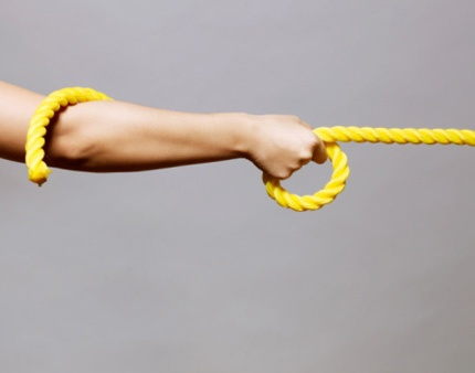 MAIN_95-arm_pulling_rope